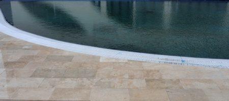 Piatra_naturala_pentru_piscine_travertin_calcar_014
